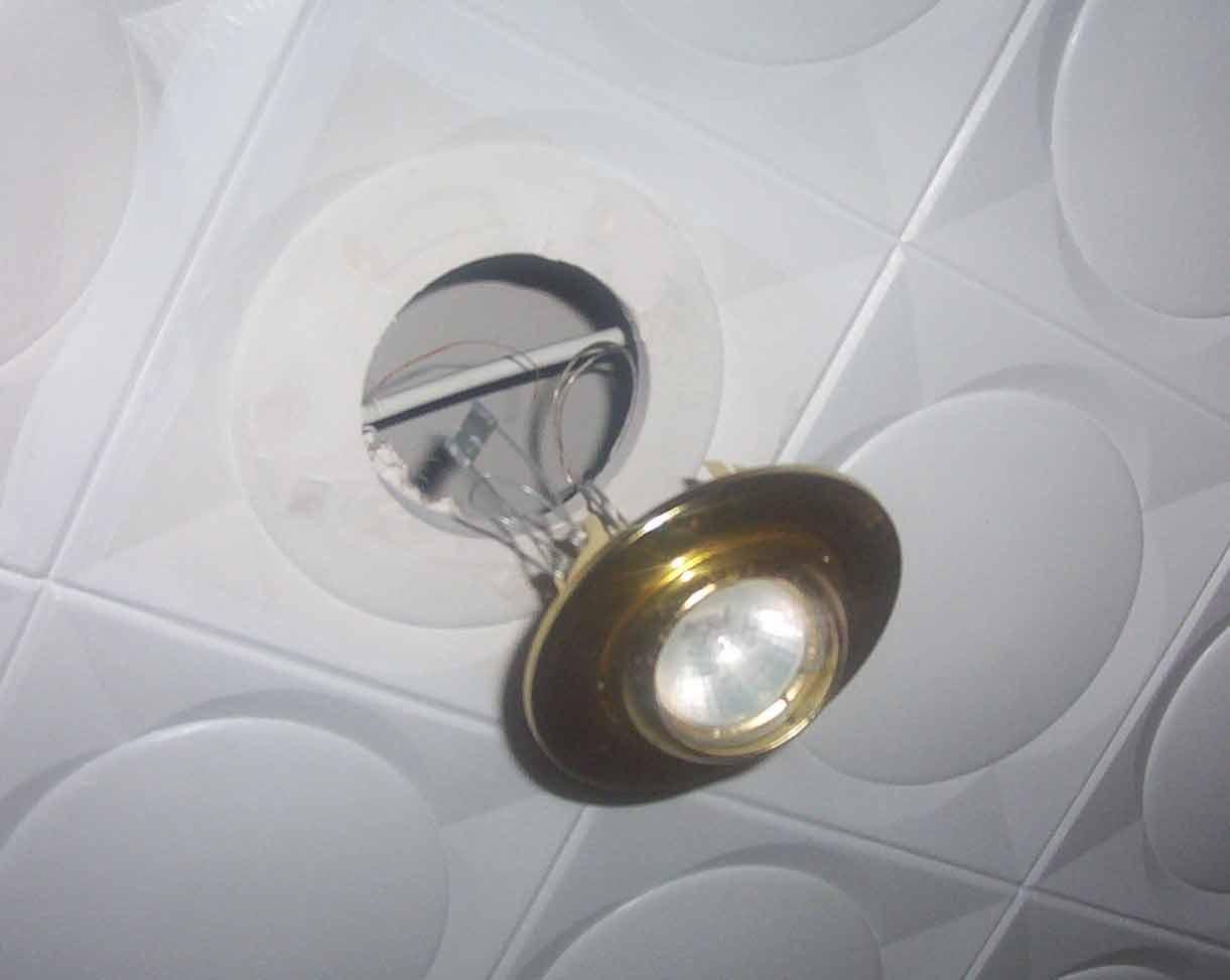 Casas cocinas mueble focos halogenos techo - Focos empotrados techo ...